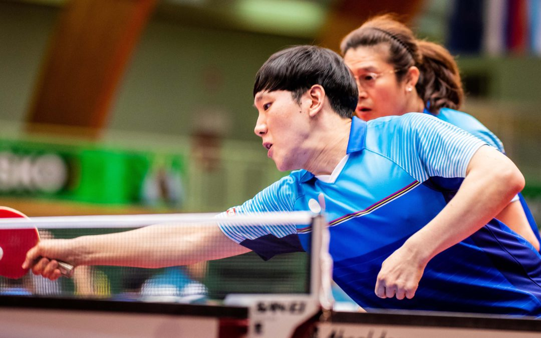 Korea Republic pair in form, upset top seeds to book semi-final place