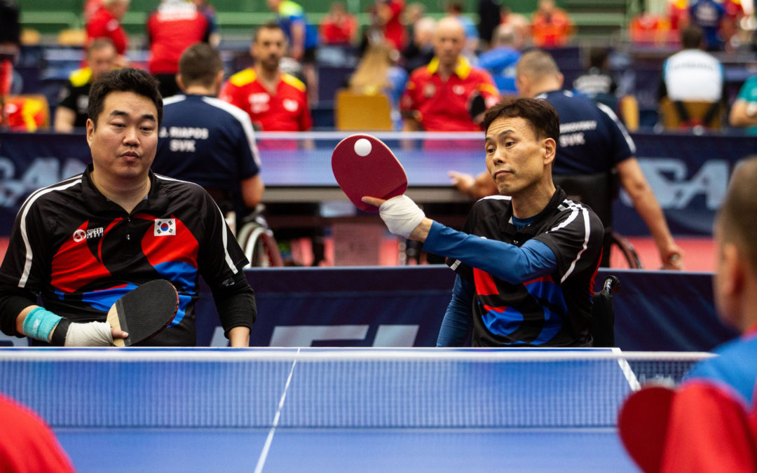 Korea Republic pairs upset seeding, familiar name excels